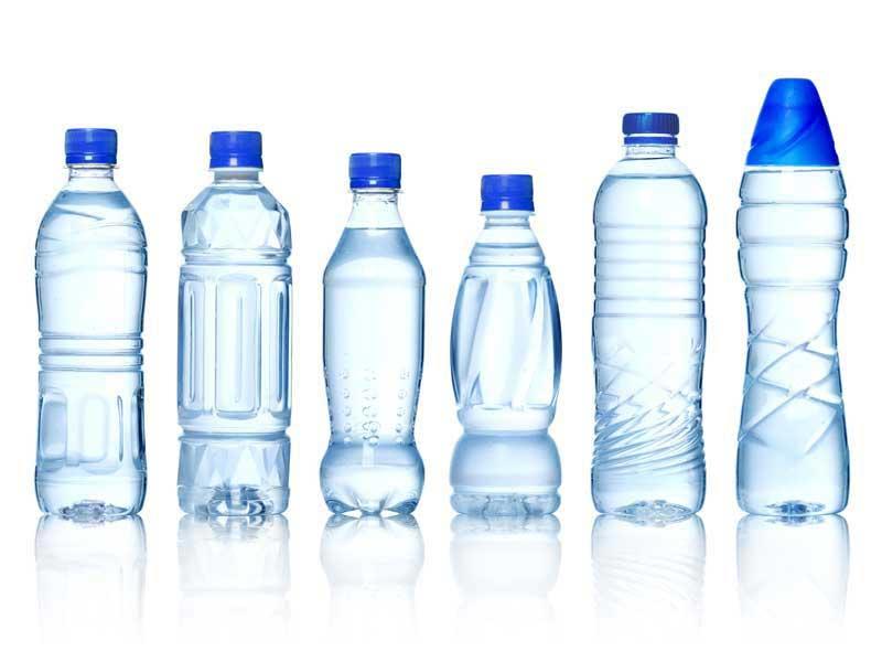 las botellas que envasan el agua comercial han sido diseadas para un solo uso sin embargo si son de material plstico pet pueden utilizarse ms veces