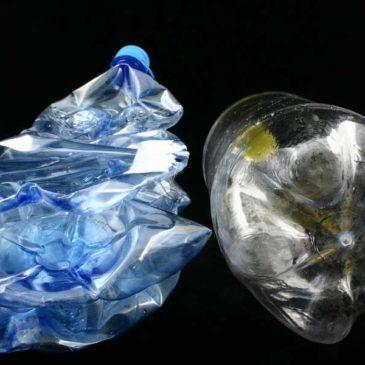 tapas para botellas. Diferencia Entre Botellas o Envases de PET y  Polietileno de Alta Densidad 77ee72d1ca17