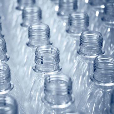 Fabricación de Botellas de Plástico
